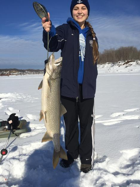 Shaunaliese Swinda caught this 14 lb lake trout