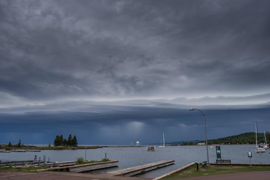 Shelf Cloud rolls toward Grand Marais on June 14