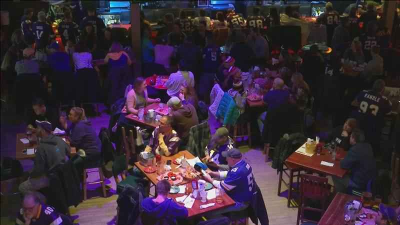Football Sundays keep Duluth restaurants busy