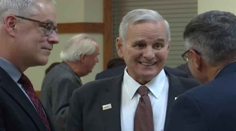 Minnesota Gov. Mark�Dayton traveled to the Iron Range on Wednesday night to meet with a group of local Mayors in Eveleth.