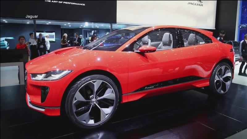 Jaguar has� unveiled its new electric SUV at the Geneva Auto Show.