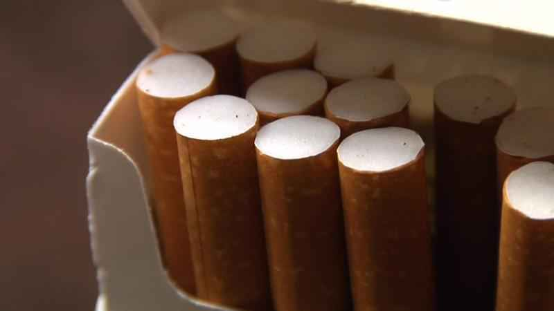 The age to buy cigarettes in Minnesota would rise from 18 to 21 under a bill being considered in the Minnesota Legislature.