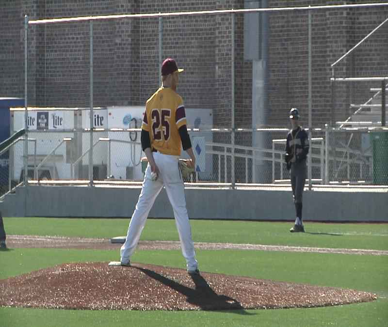 UMD falls to No. 3 Augustana in a doubleheader.