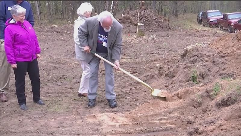 A groundbreaking ceremony started the first steps of construction for the future�Veterans Memorial Park was held in Iron River on Saturday.
