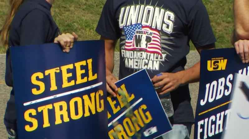 ArcelorMittal steelworkers have ratified a new labor contract.
