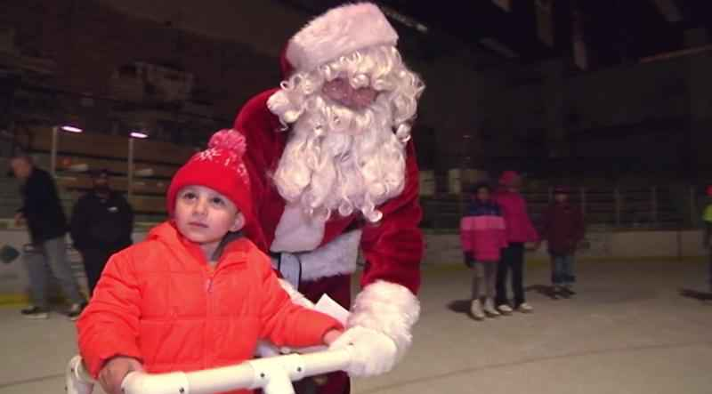 Santa is making his way back to Duluth this week for some skating fun with Rudolph the Red-nosed Reindeer�and northland residents.