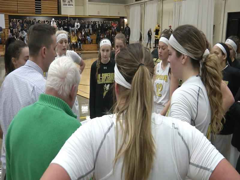 UWS Women Clinch Share of UMAC Title, Men Fall on Senior Day