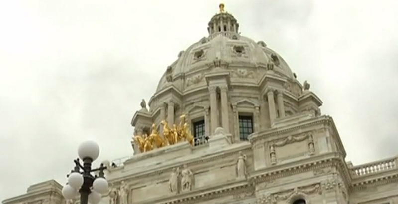 Legislature wraps up special session early Saturday morning.