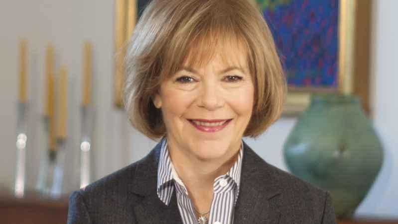 Sen. Tina Smith is raising awareness on the need for more access of mental health services in schools across the state.