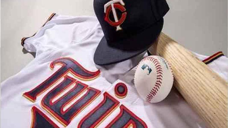 The Minnesota Twins have signed their first-round draft pick, high school infielder Keoni Cavaco.
