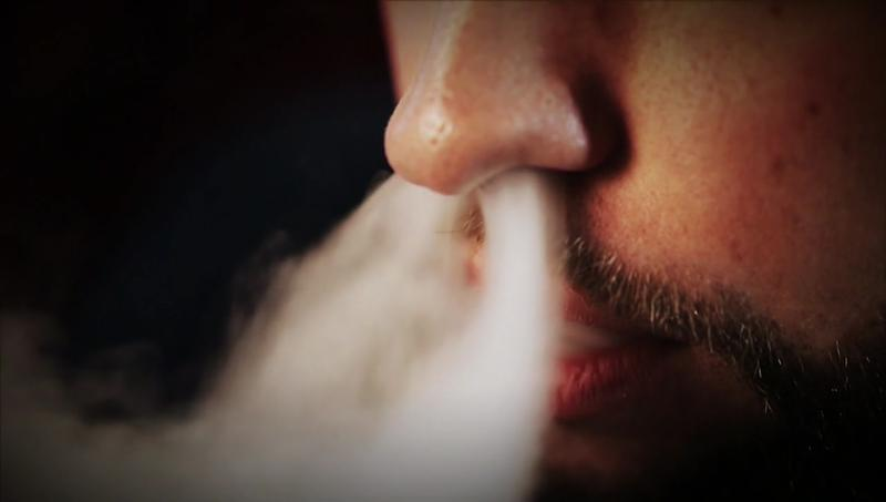 Walmart to Stop Selling Electronic Cigarettes