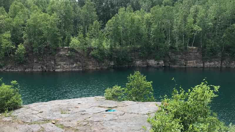 Gilbert Police are dealing with more out-of-towners cliff jumping at Ore-Be-Gone.