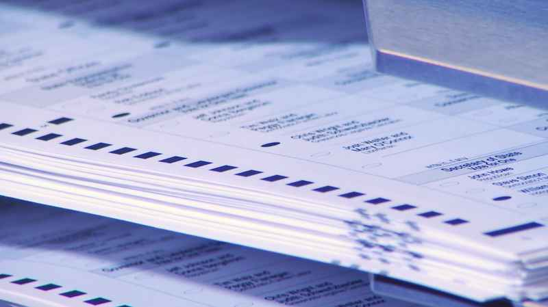 Judge extends Minnesota vote-by-mail changes to November