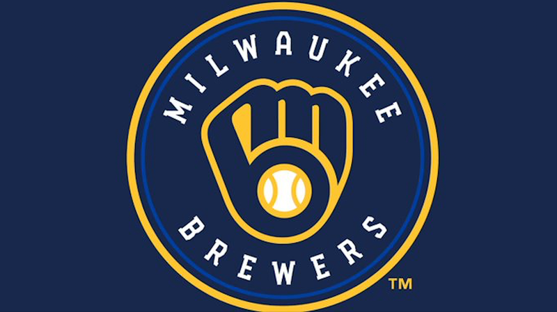 Gyorko's blast helps Brewers rally to beat Twins 6-4